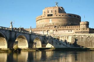 Private - Art and mysteries: the Castle of Rome Castel Sant'Angelo and the Bridge of Angels